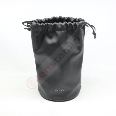 Sony SEL90M28G Lens Case